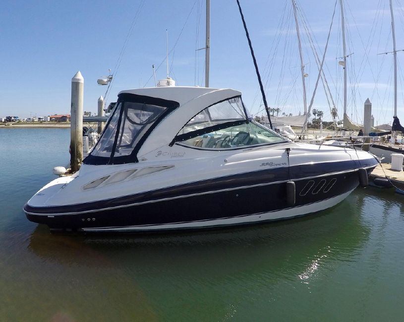Cruisers Yachts 330 Express for sale