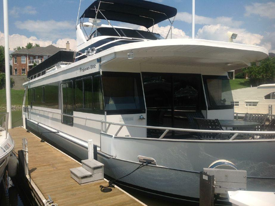 1999MONTICELLO River Yacht