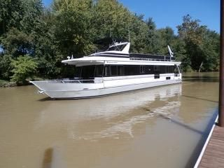 1999 Monticello River Yacht