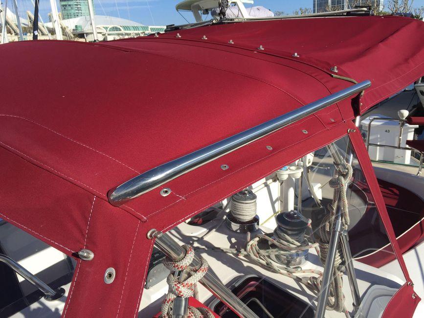 Hunter 46LE Red Canvas Bimini
