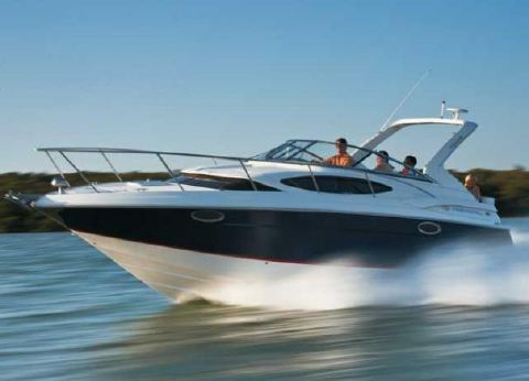2012 Regal 3060 Express Cruiser