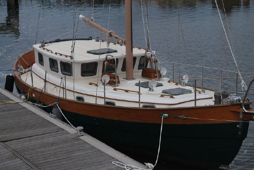 1981 Hans Christian 39 Pilothouse