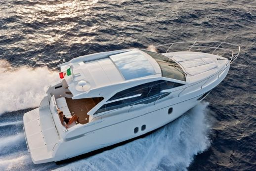 2016 Absolute Yachts 40 STY
