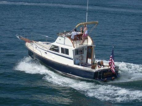 1987 Wilbur Flybridge Cruiser