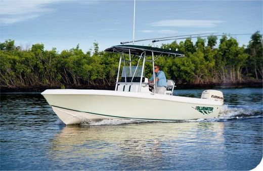 2015 Bluewater 2150 Center Console