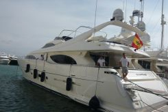 2005 Ferretti CL 94