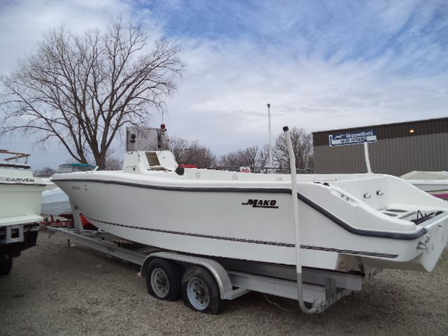 Oshkosh (WI) United States  city pictures gallery : 2000 Mako 282 Power Boat For Sale www.yachtworld.com
