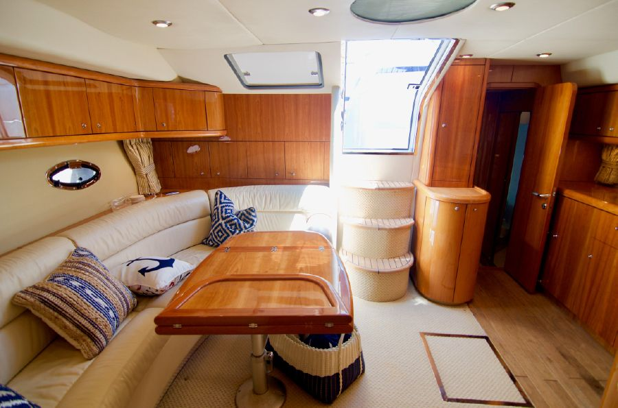 Sunseeker 46 Portofino Luxury yacht Interior