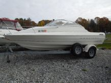 1999 Bayliner 1952 CUDDY