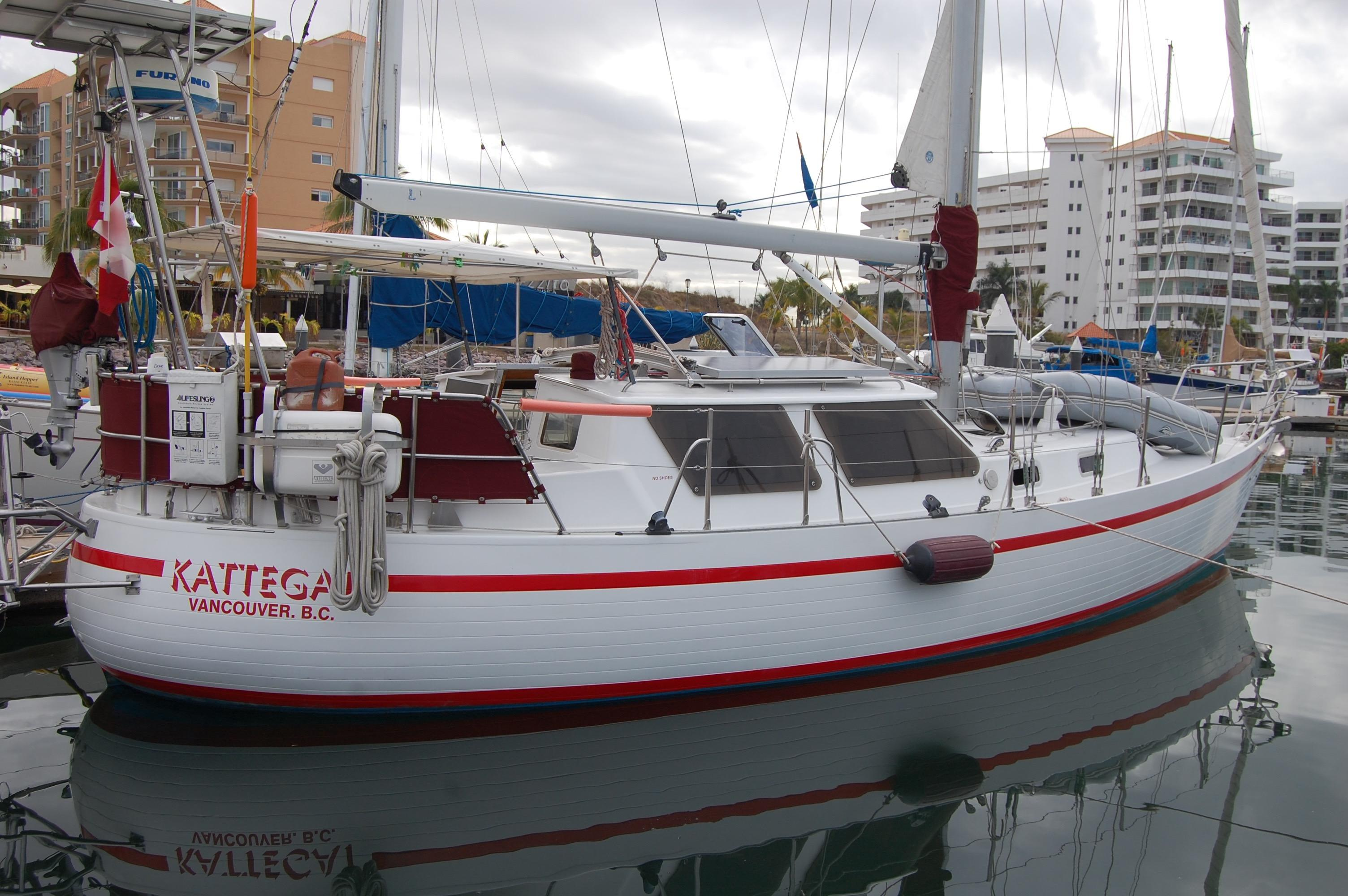 40' Cresent Sloop+Boat for sale!