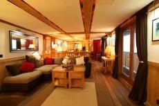 1839 Lightship Hotel Inner Dowsing
