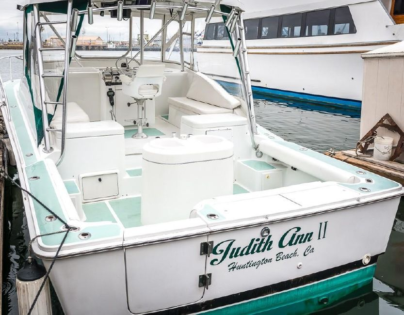 photo of 32' Luhrs 32 Open