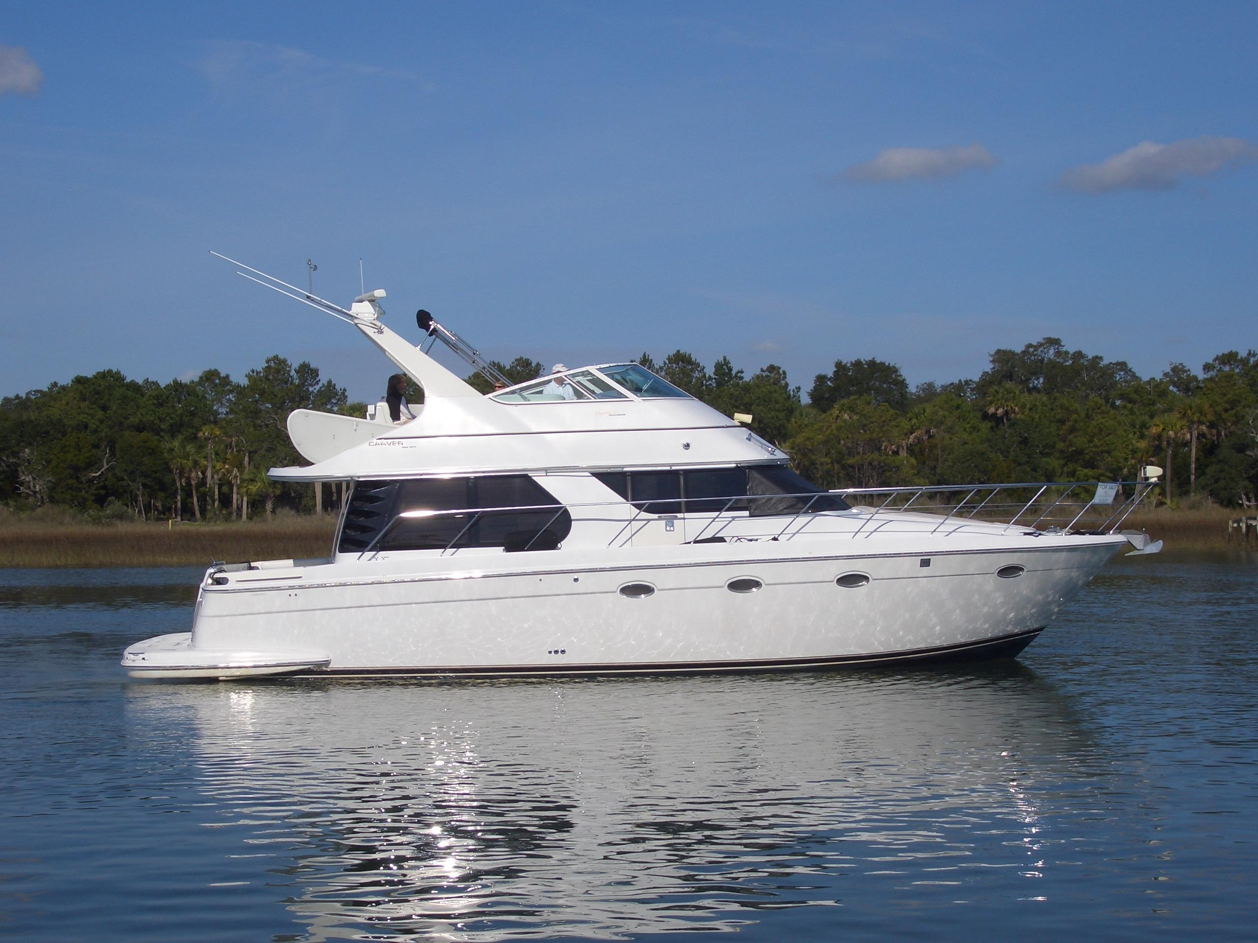 2000 CARVER YACHTS 450 Voyager Power Boat For Sale - www ...