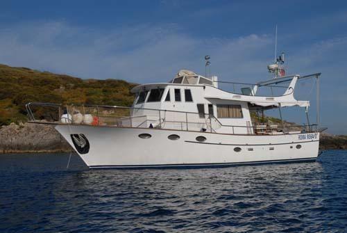 2002 Trawler Motor Boat