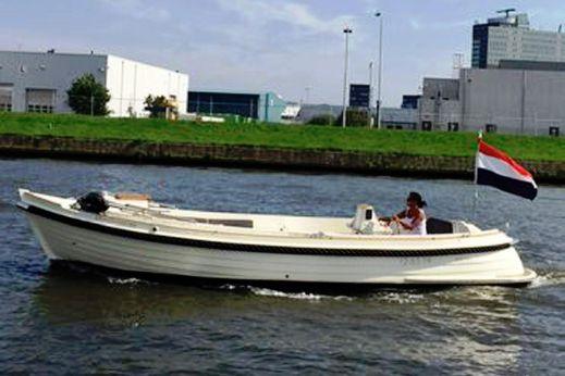 2011 Interboat Intender 770