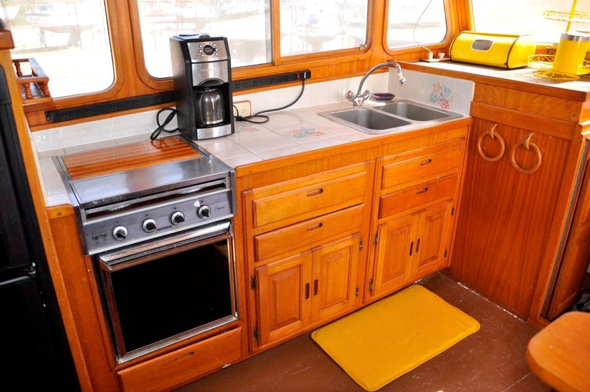48' Californian LRC LRC Trawler+Photo 13