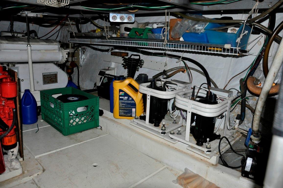 48' Californian LRC LRC Trawler+Photo 43