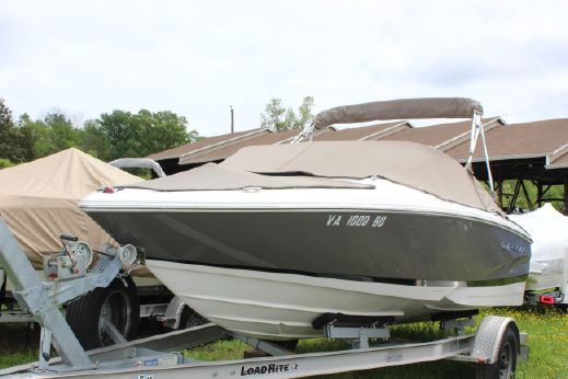 2012 Regal 1900 Bowrider