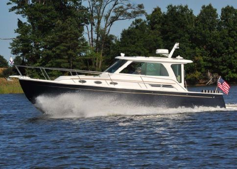 2015 Back Cove 34 Hardtop Express