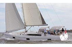 2021 Catalina 545
