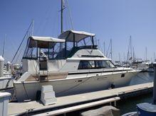 1982 Silverton Aft Cabin Motor Yacht