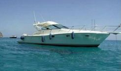 1998 Uniesse / Global Yachts 42 Open