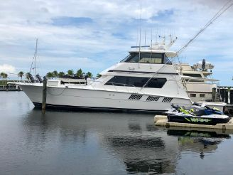 1993 Hatteras 65 Convertible Enclosed Bridge
