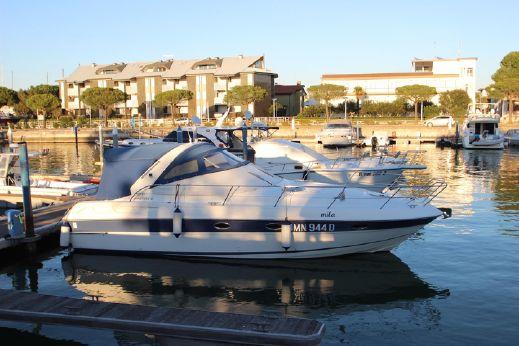 2002 Bavaria Motor Boats BMB 34