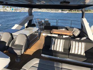 thumbnail photo 0: 2017 Sunseeker 75 Yacht