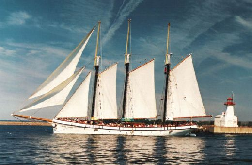 1943 Custom Tall Ship 3-Masted Tern Schooner