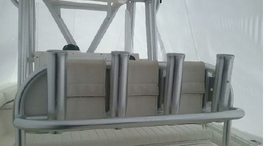 2005 Regulator 24 Forward Seating