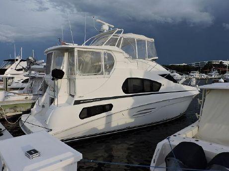 2004 Silverton Motor Yacht