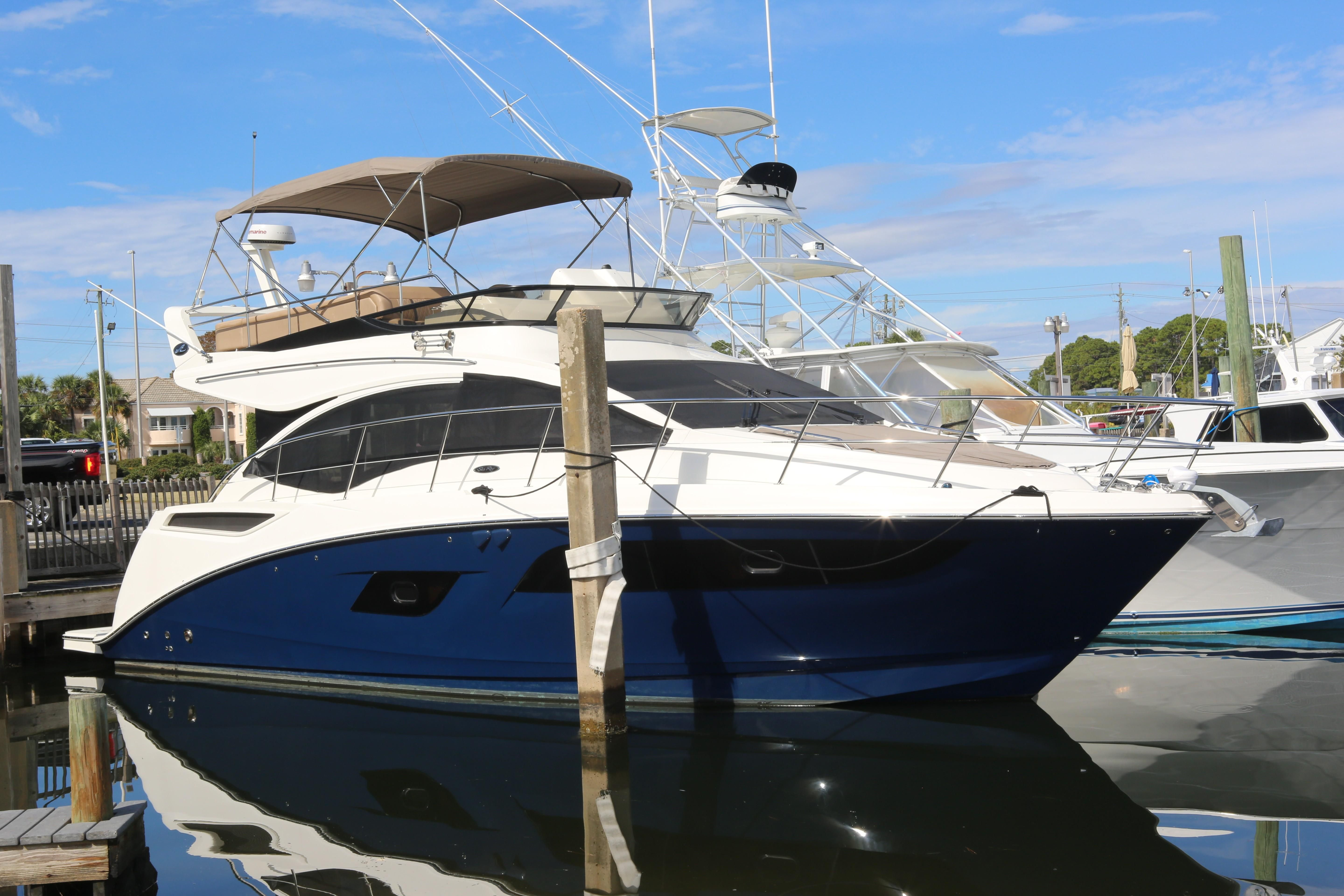 2017 Sea Ray Fly 400 Power Boat For Sale Www Yachtworld Com
