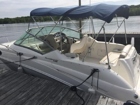 2012 Sea Ray 240 Sundancer