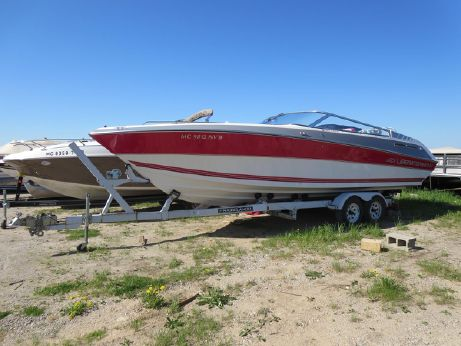 1989 Four Winns 251 Liberator