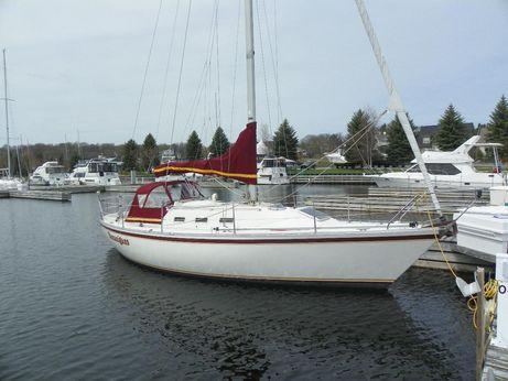 1986 Cs Yachts 33