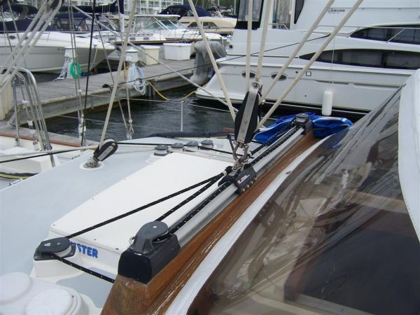 1990 Oyster 46 Center Cockpit Sail Boat For Sale - www
