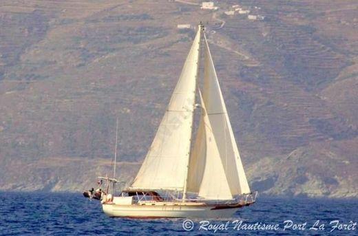 1980 Cabo Rico 38