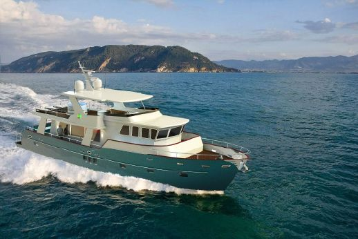 2014 Custom Trawler 62