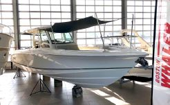 2018 Boston Whaler 380 Outrage