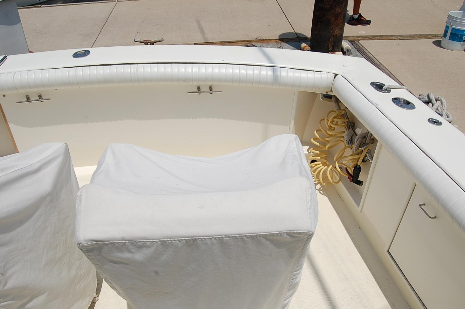 48' Ocean Yachts Super Sport+Cockpit Fridge/ Ice Box