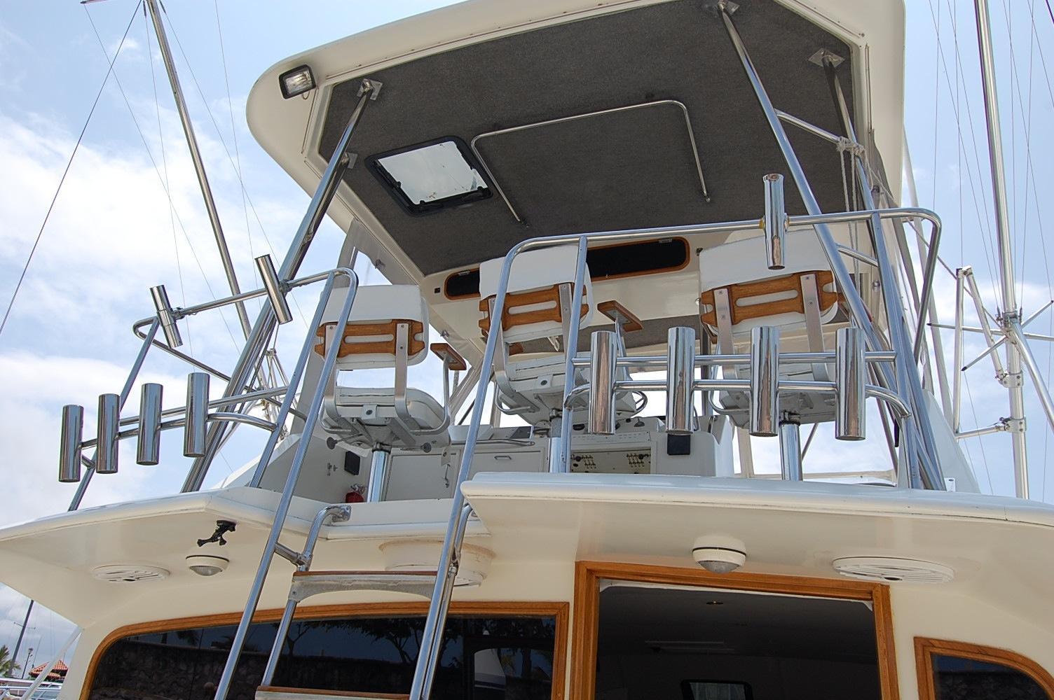 48' Ocean Yachts Super Sport+Speaker under Ladder