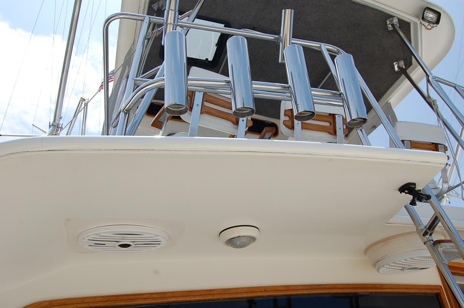 48' Ocean Yachts Super Sport+Aft wash hose station fish Door