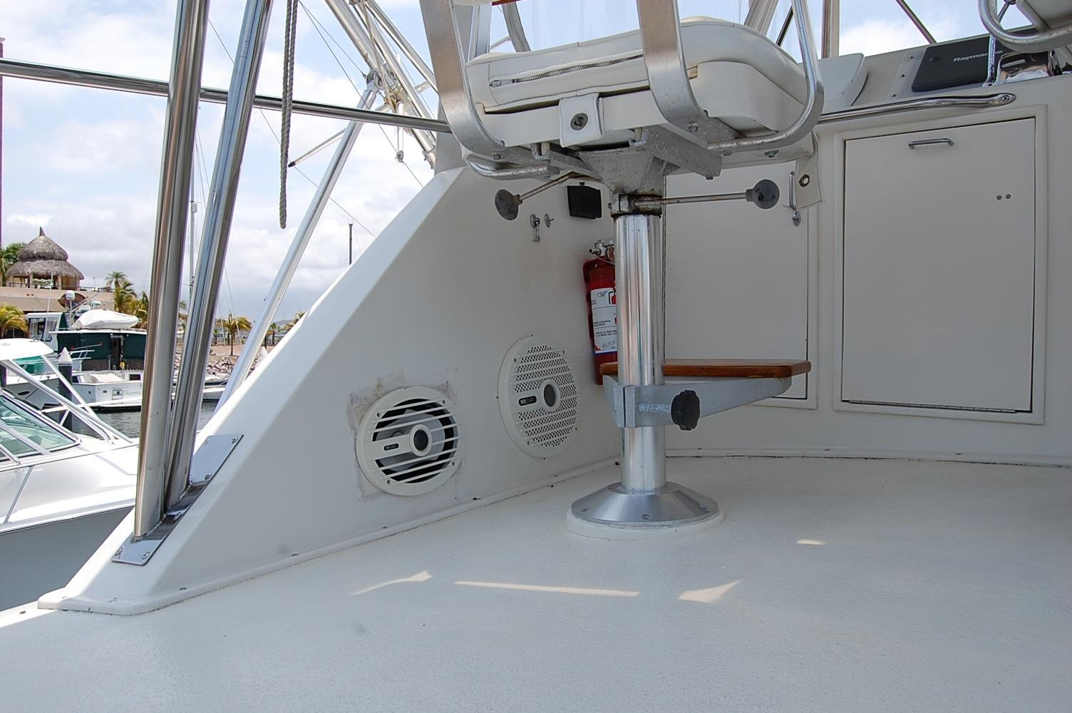 48' Ocean Yachts Super Sport+Port Seating