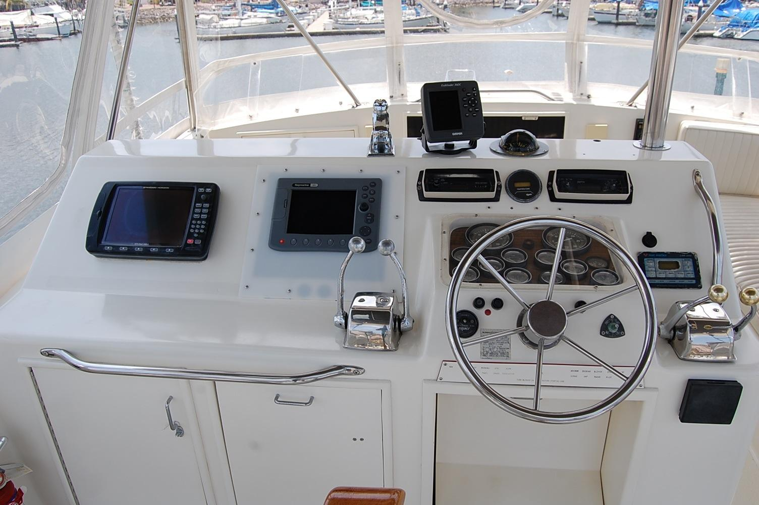 48' Ocean Yachts Super Sport+Gauges