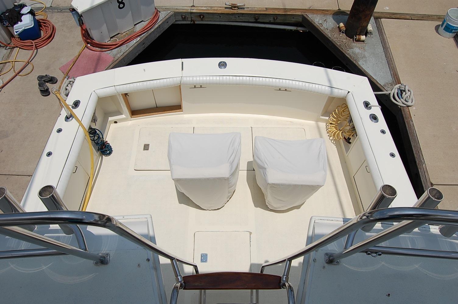 48' Ocean Yachts Super Sport+Upper Helm looking Aft