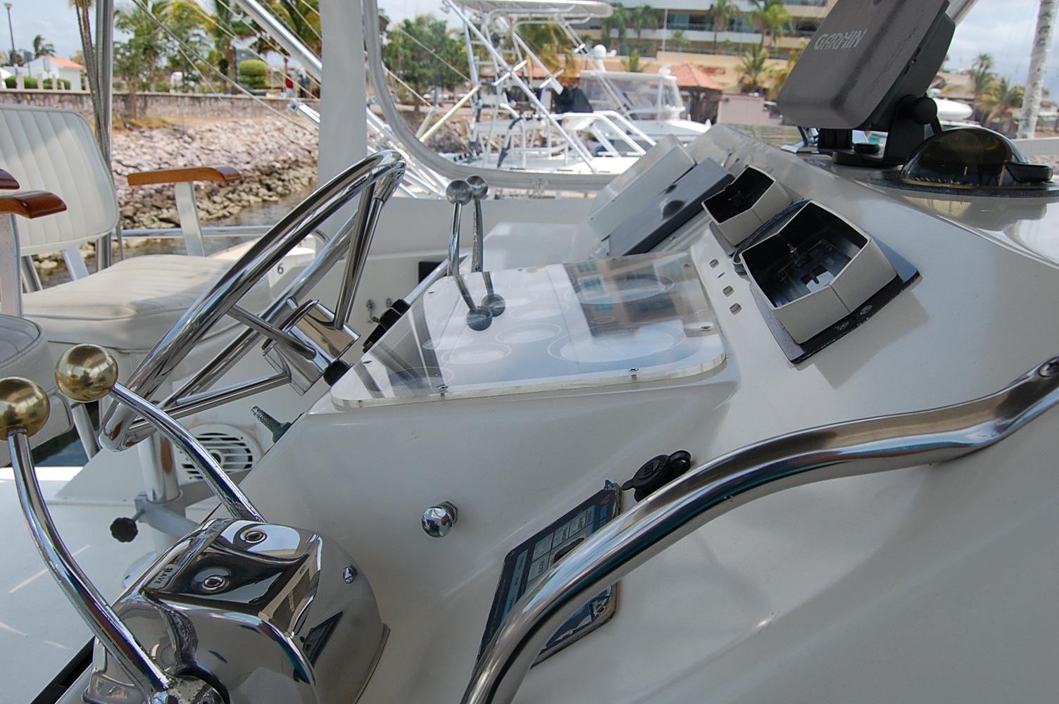 48' Ocean Yachts Super Sport+Rod Holders