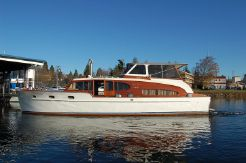 1949 Chris-Craft Double Cabin Cruiser