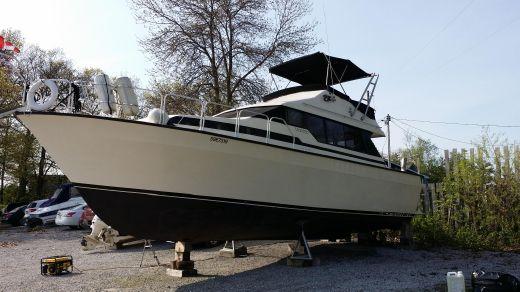 1988 Mainship 350 Mediterranean