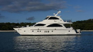2009 Ocean Yachts 74